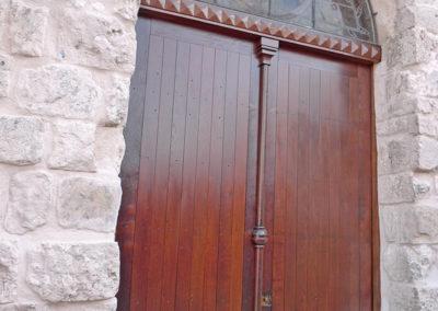 Ebeniste dans l'Eure 27 restauration d'une porte d'eglise