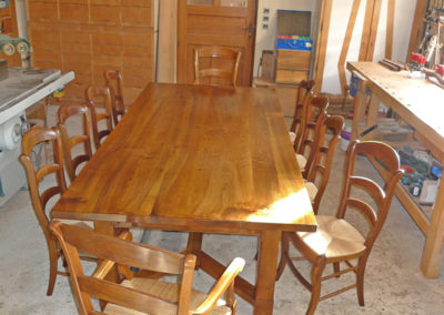 Ebeniste dans l'Eure 27 réalisation d'une table a manger